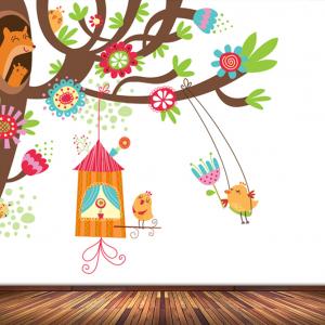 Boom met schommel behang voor uw babykamer